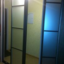 Шкаф-купе корпусной #30. шкаф с распашной дверью..